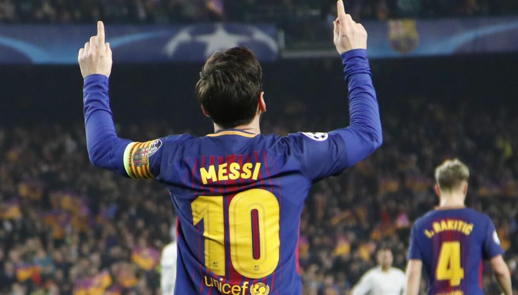 TO MÅL OG EN MÅLGIVENDE: 3-0 er scoret og seieren er i boks. Lionel Messi har vært den eneste forskjellen på Chelsa og Barcelona i to kamper om retten til kvartfinalen i Champions League. Foto: Emilio Morenatti/AP