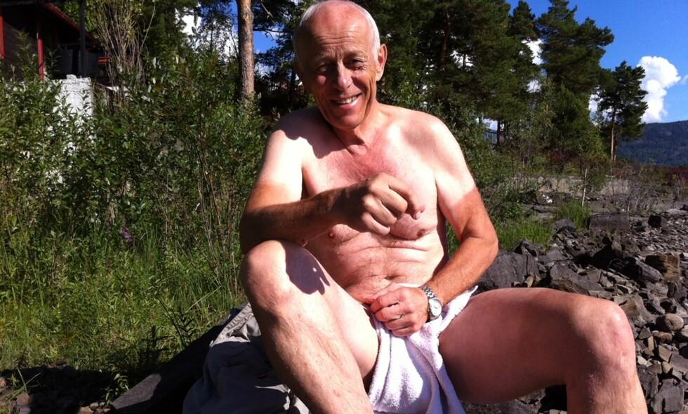 HUMOR OG SELVIRONI: Lasse Efskind var verdens beste sprintløper på skøyter for 45 år siden. Han er still going strong. Foto: privat