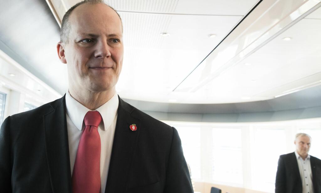 FELLER IKKE: Ketil Solvik-Olsen sier han ikke tror KrF tør å felle regjeringen. Foto: NTB scanpix
