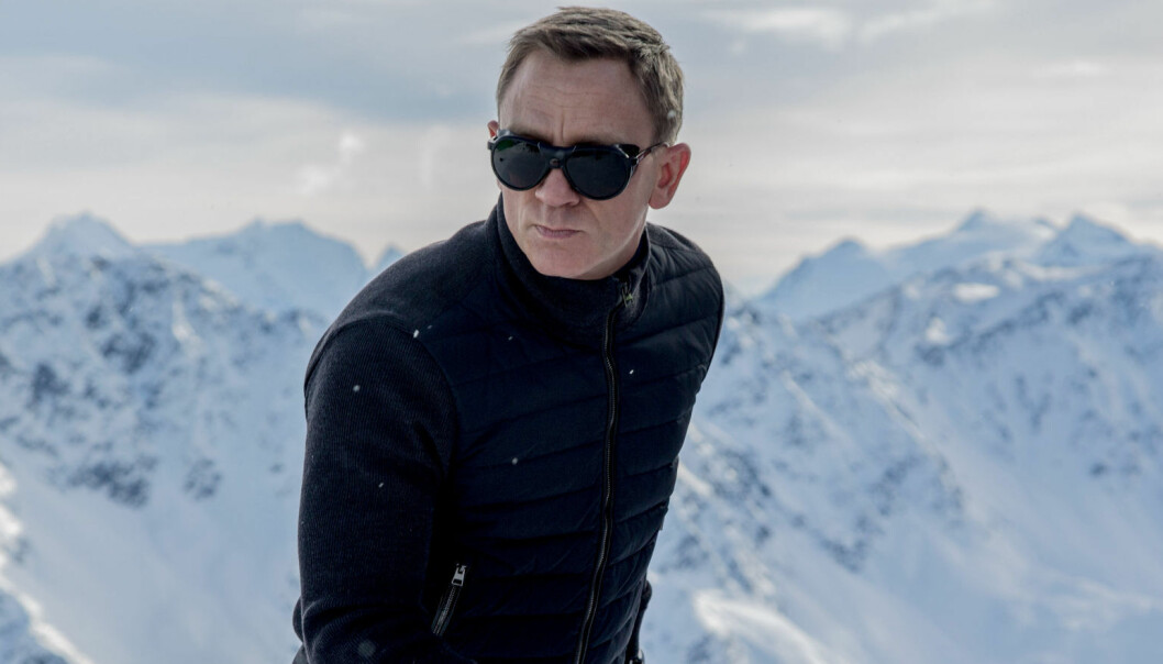 - Knuste beina i James Bond-ulykke