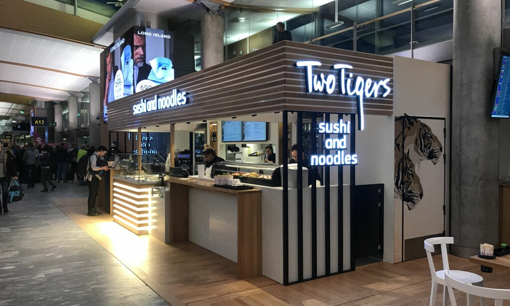 Ny servering: Serveringsstedene på Oslo lufthavn har fått hard medfart av matanmelderne og på grunn av høye priser. Nyåpnede Two Tigers er en av de nye som snart blir testet av ekspertene. Foto: Odd Roar Lange/The Travel Inspector