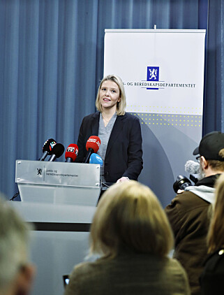 FACEBOOK: Sylvi Listhaug går av som justisminister etter siste ukers Facebook - bråk Foto: Bjørn Langsem / Dagbladet