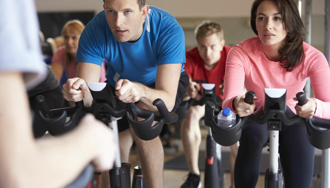 SPINNINGSKO: Er det egentlig særlig lurt å bruke vanlige joggesko når man går på spinning? FOTO: NTB Scanpix