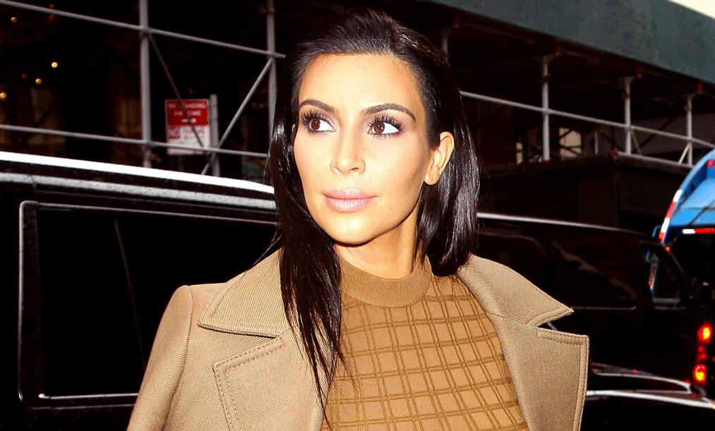 NEDPRIORITERER SØVN: Kim Kardashian West legger ikke skjul på at livet som trebarnsmor er hektisk. Nå avslører 37-åringen hvordan hun får tid til egepleie. Foto: NTB Scanpix