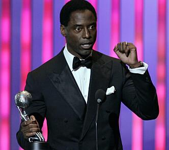 MOTTOK PRIS: Skuespilleren mottok pris for beste skuespiller for rollen som Preston Burke under borgerrettighetsorganisajonen NAACPs kåring i 2007. Foto: AP/ NTB scanpix