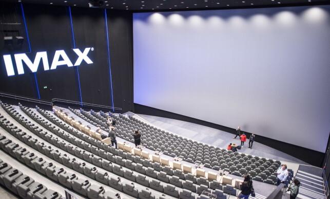 GIGANTISK: Oslos nye kinokompleks, Odeon, er en gigantisk satsing fra SF Kino, og ligger på Storo i Oslo. IMAX-lerretet er på nærmere 15 ganger 25 meter og gir en helt unik filmopplevelse.   Foto: Hans Arne Vedlog / Dagbladet