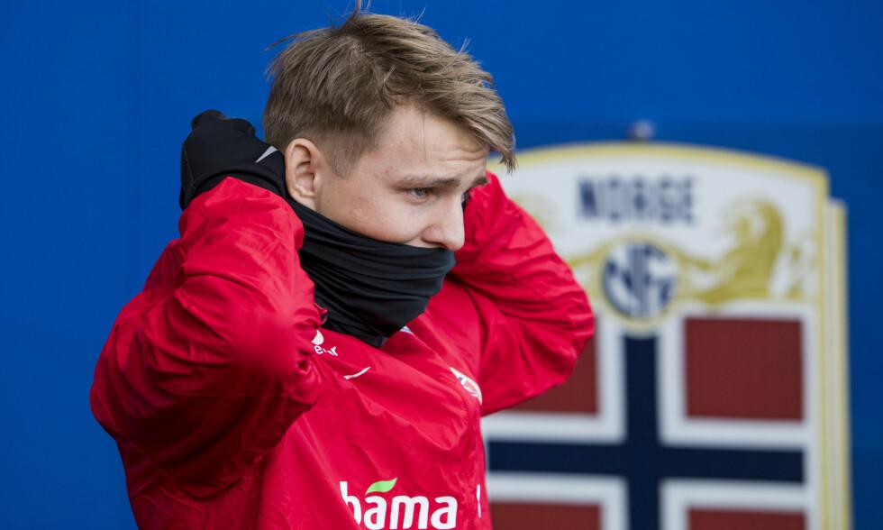 FORBEREDER KAMP: Martin Ødegaard og fotballandslaget har trent på Ullevaal de siste dagene. Foto: Tore Meek / NTB scanpix