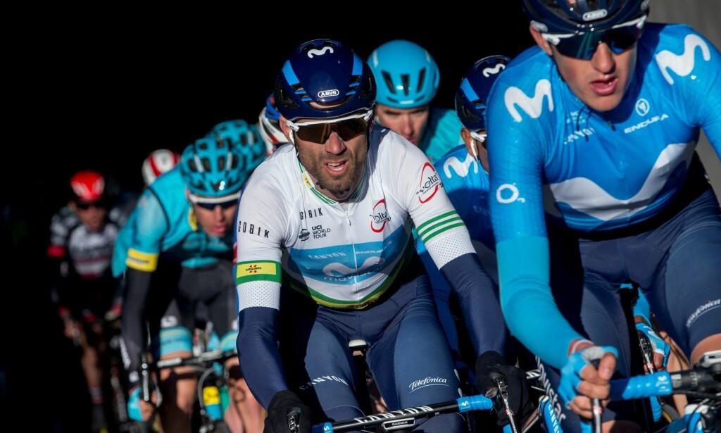 NY SEIER: Alejandro Valverde (i hvitt) tok sin andre etappeseier i årets utgave av Volta Ciclista a Catalunya.EPA/QUIQUE GARCIA