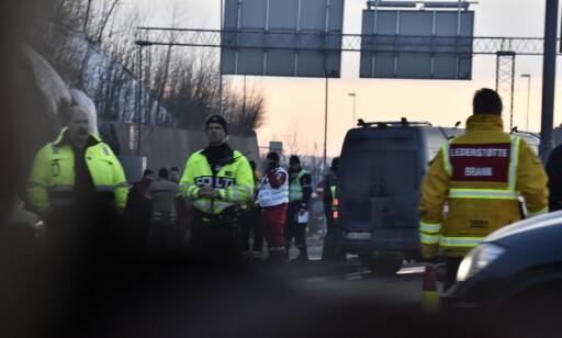 NØDETATER: Alle nødetatene er i området rundt brannstedet. Foto: Lars Eivind Bones / Dagbladet