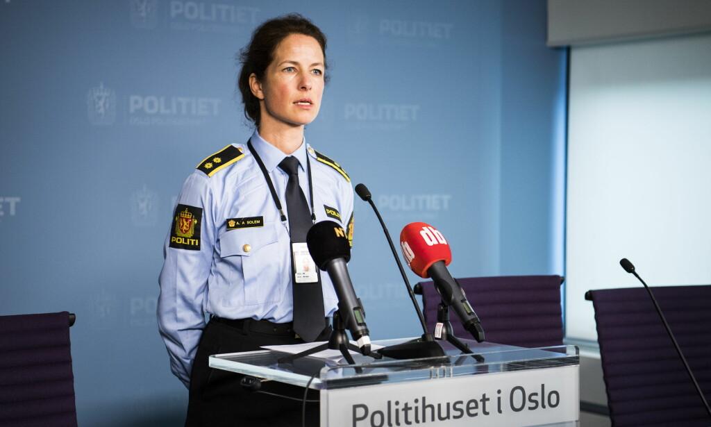SIKTELSE FRAFALT: Anne Alræk Solem, seksjonsleder for etterforskning av alvorlige voldssaker hi Oslo politidistrikt, opplyser i dag at siktelsen er frafalt mot en drapssiktet mann. Foto: Lars Eivind Bones / Dagbladet