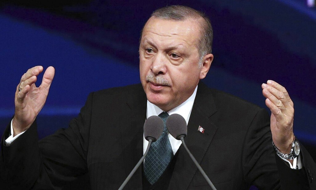 NYVALG: Den tyrkiske presidenten Recep Tayyip Erdogan utskriver nyvalg. Datoen er satt til 24. juni. / AFP PHOTO / ADEM ALTAN