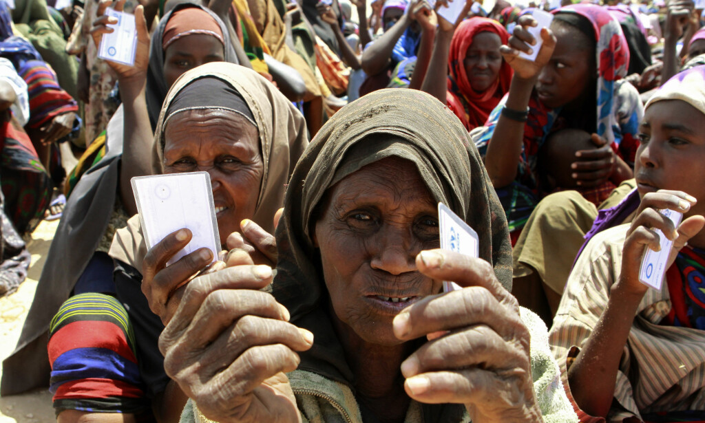 PÅ FLUKT: Flyktninger i en leir i Somalias hovedstad Mogadishu. Foto: Thomas Mukoya / Reuters / NTB Scanpix