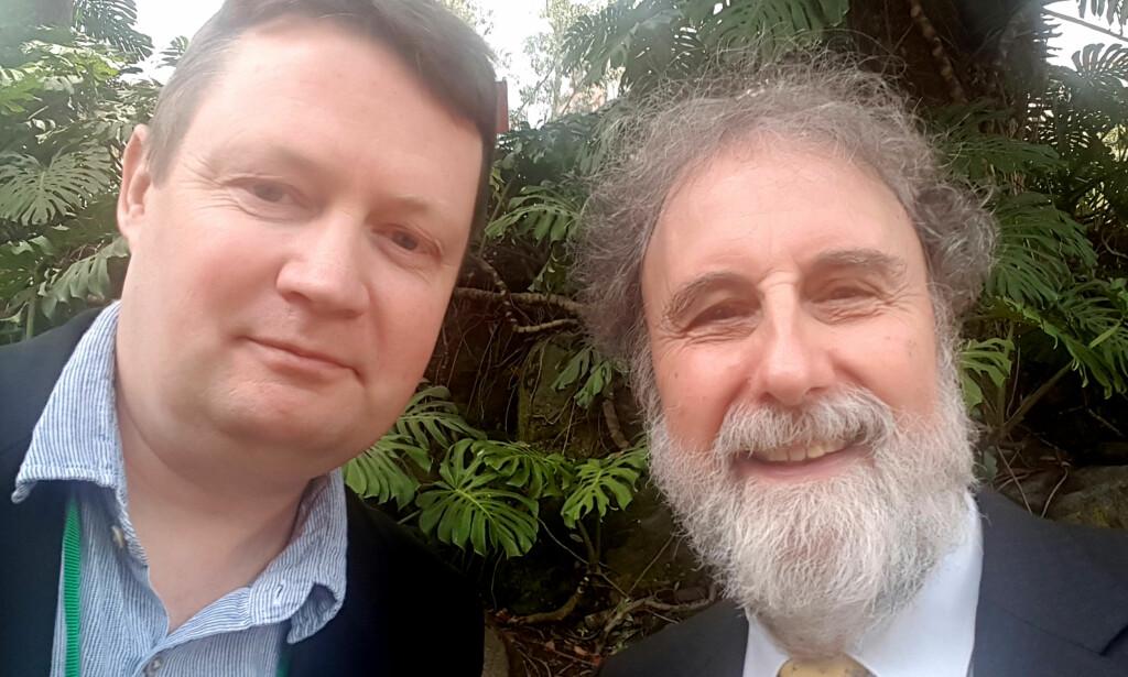 PÅ PLASS: Christian Steel fra miljøorganisasjonen Sabima og IPBES-sjef Robert Watson i Colombia. Foto: Privat