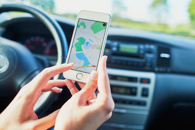 mobilbruk i bil
