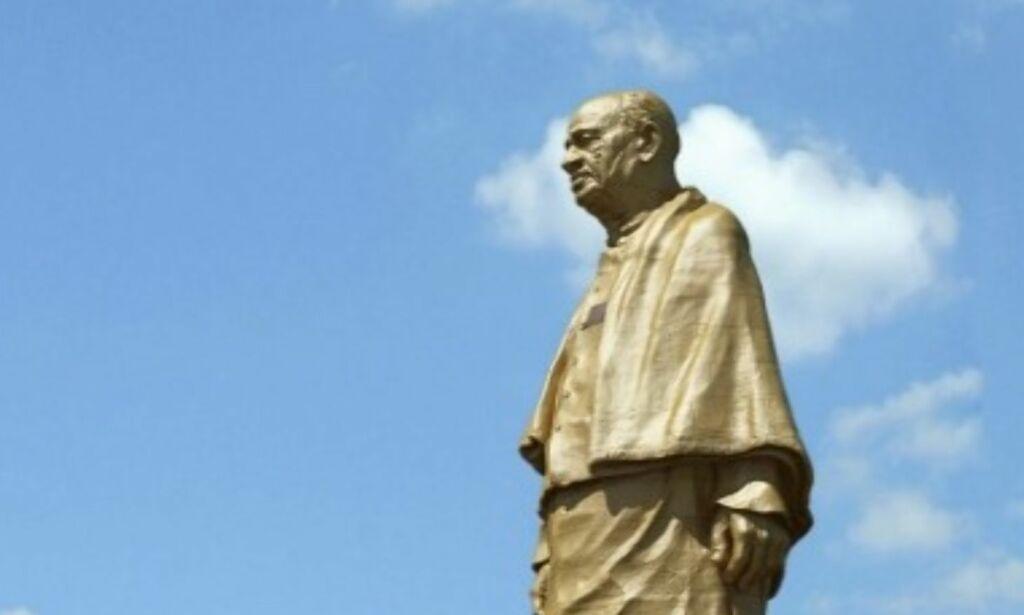 image: Verdens største statue blir dobbelt så høy som Frihetsgudinnen. Det skaper bråk