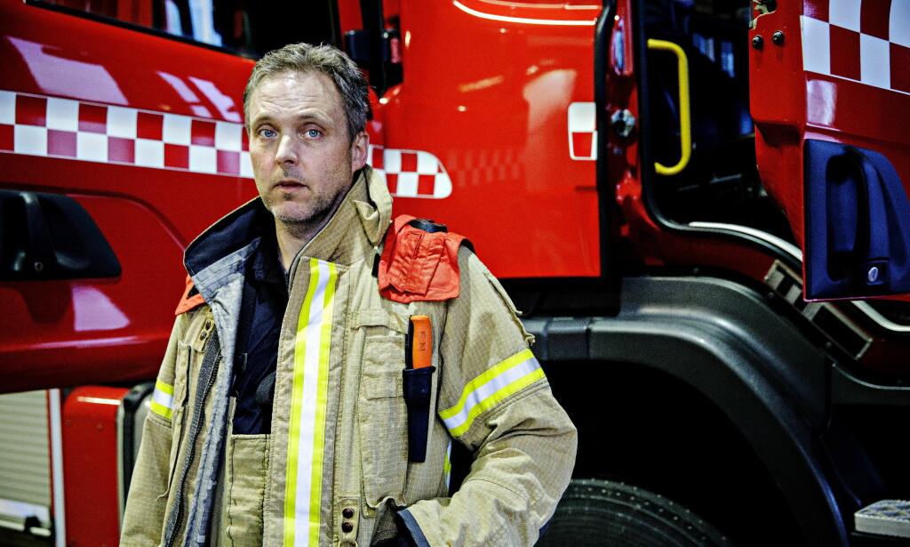 FÅR STØTTE: Brannmester Frode Negård får støtte fra underbrannmester og ni brannmennkollegaer, som nå krever at styreleder Sven Inge Sunde må gå. Foto: Nina Hansen / Dagbladet