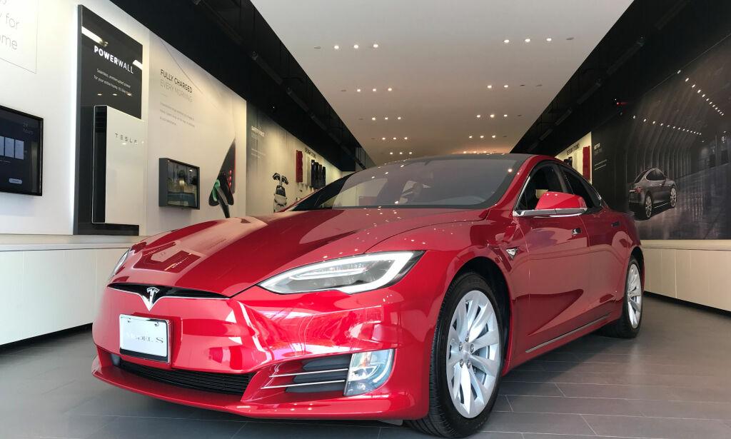image: Tesla tilbakekaller 123 000 biler