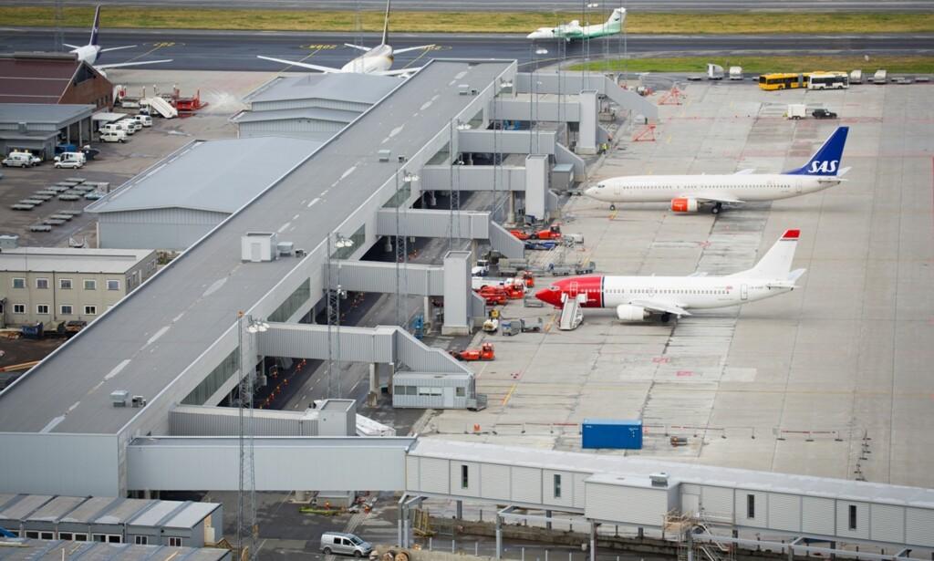 KAN BLI PERMANENT: Denne terminalen ble åpnet for seks år siden og planen var at den skulle brukes fram til 2017. Nå kan den bli permanent. Foto: Avinor