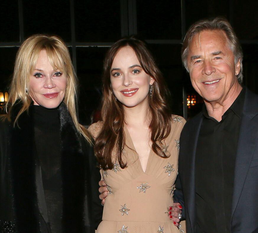 FORELDRE: Dakota er datter av Melanie Griffith og Don Johnson. Det tidligere ekteparet er gode venner etter bruddet. Foto: NTB Scanpix