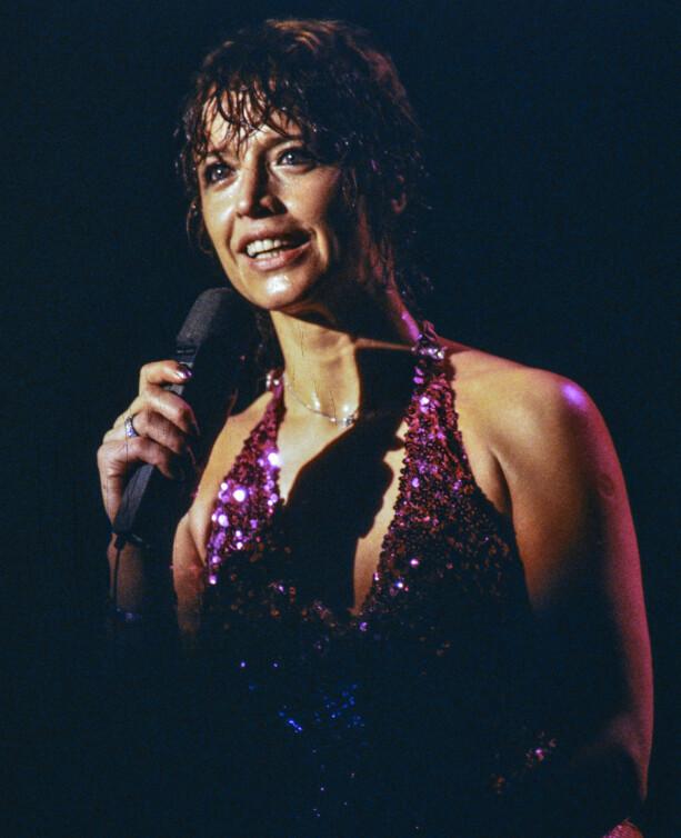 MANGE SCENEUTTRYKK: Lill-Babs på scenen i 1980. Foto: NTB Scanpix