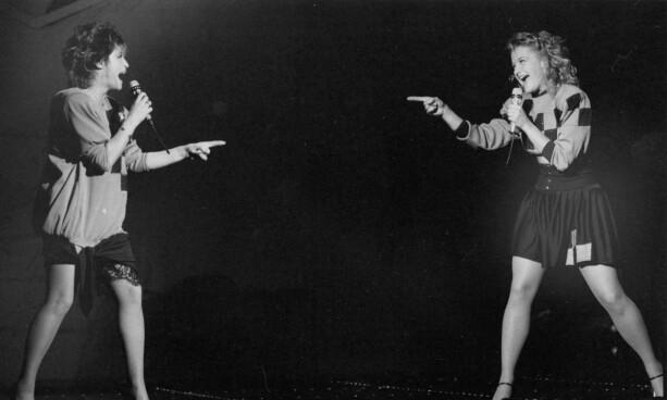 1988: På scenen med datteren Kristin Kaspersen. Foto: NTB Scanpix