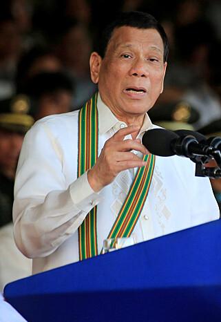 KREVER OPPRYDDING: Filippinenes frittalende president, Rodrigo Duterte, krever at Borocay stenges, for en total opprenskning og bygging av tilfredsstillende kloakksystemer. Foto: NTB Scanpix
