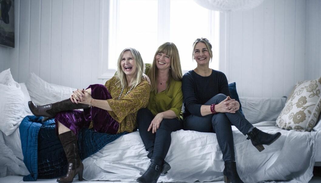 Å BLI ELDRE: Fra venstre: Bente Helesdatter Pettersen (60), Lena Kristiansen (50) og Petra Biesalski (59). FOTO: Astrid Waller