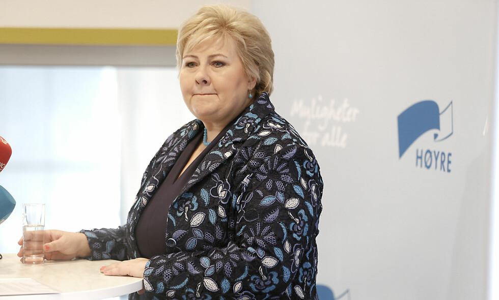 REFSES AV JONAS: Erna Solberg viste mangel på ambisjoner i sin tale til eget landsmøte i dag, mener Jonas Gahr Støre. Foto : Henning Lillegård / Dagbladet