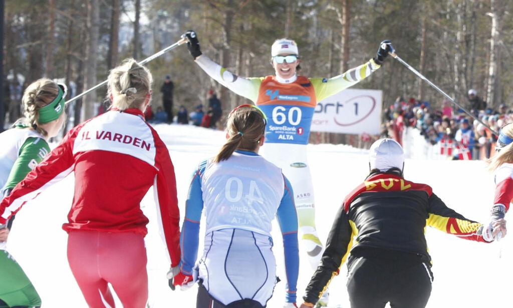 image: Sterke følelser da Bjørgen gikk i mål for aller siste gang: - Trist og rart, sier Johaug