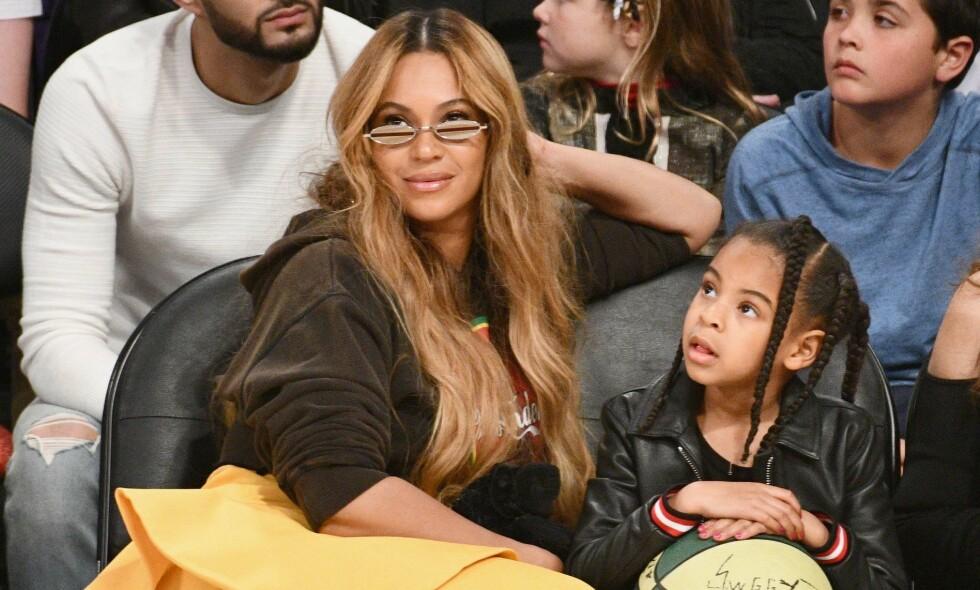 IKKE TILFELDIG: Beyoncé og hennes datter Blue Ivy ser alltid strålende ut i offentligheten. Det er ikke tilfeldig. Foto: NTB Scanpix