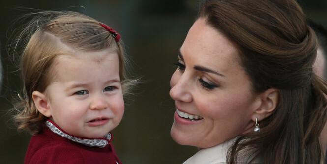 Prinsesse Charlotte blir historisk når Kate føder