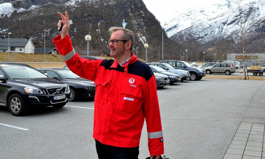 KJEMPEVEKST PÅ MØRE: I Hydro-bygda Sunndal har Ola Ulvund mer enn tredoblet salget på fire år. Foto: Hans Iver Odenrud/Finansavisen.