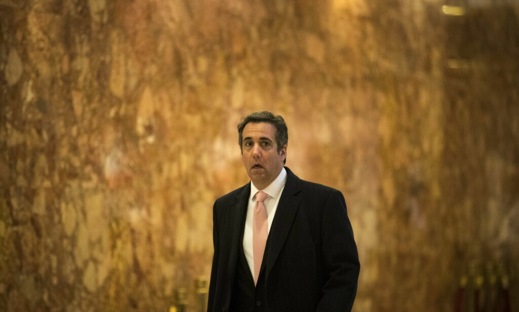 SNAKKER UT: Donald Trumps advokat Michael D. Cohen er en bekymret mann etter razziaen mot ham. Foto: Drew Angerer / Getty Images / AFP / NTB scanpix