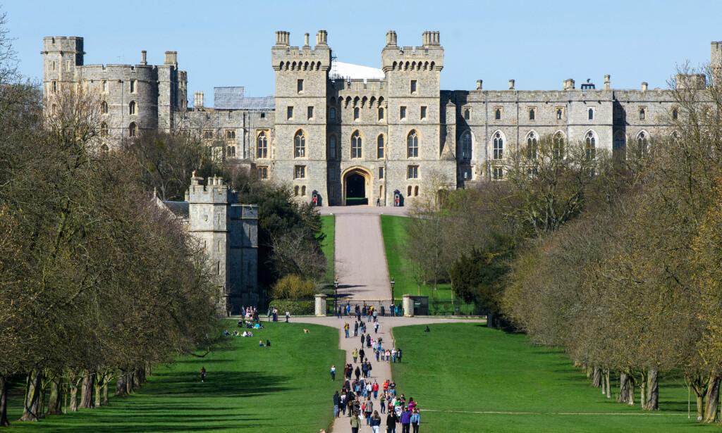 FORVENTNINGER: Det er knyttet høye forventninger til bryllupet, som skal gå av stabelen her - i Windsor Castle. Det blir ingen billig affære. Foto: NTB scanpix