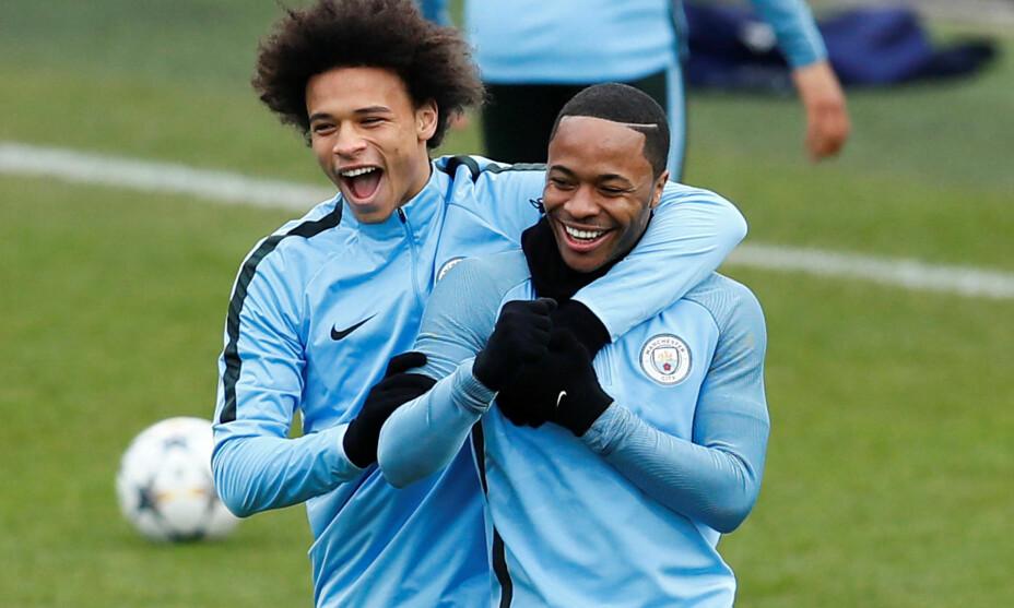 OFFENSIVE VINGER: Leroy Sané og Raheem Sterling. Foto: Reuters/Jason Cairnduff/NTB Scanpix
