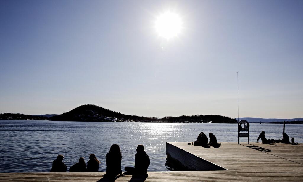 VÅR: Det blir vår for alvor i store deler av landet de kommende dagene. Her fra Sørenga i Oslo. Foto: Nina Hansen / DAGBLADET