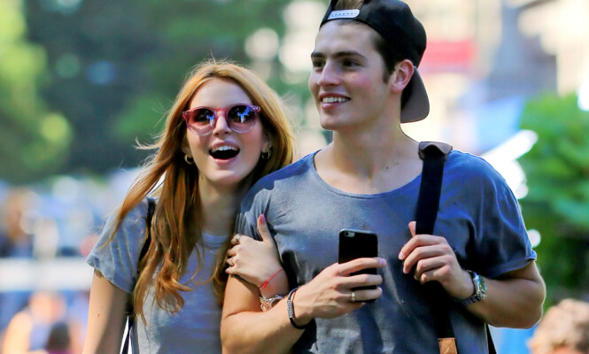 EKSKJÆRESTER: Bella var tidligere sammen med den britiske skuespilleren Gregg Sulkin. Foto: Splash News
