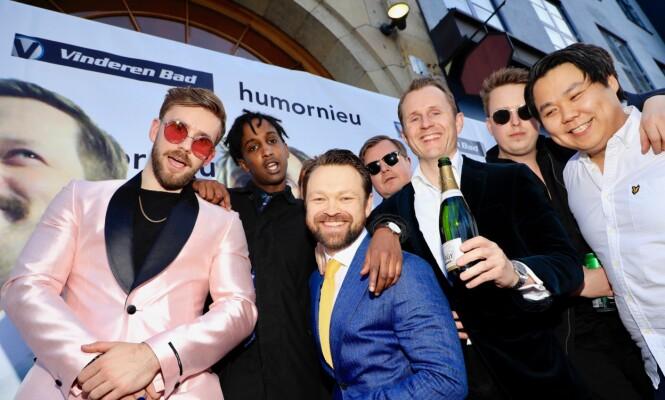 LIMMO-GJENGEN: Stian Blipp hadde samlet så mange komikervenner han klarte, og ankom festen i limousin. Foto: Tor Lindseth / Se og Hør
