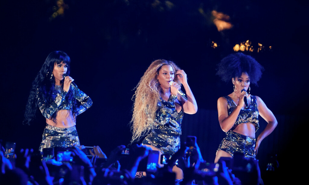 GJENFORENING: Destiny's Child gjenoppsto da Beyoncé fikk sanghjelp av Michelle Williams og Kelly Rowland under Coachella. Foto: NTB scapix