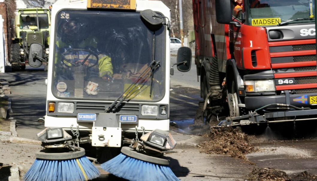 <strong>VÅRRENGJØRINGEN ER I GANG:</strong> Oslo kommune melder om at vårrengjøringen nå er i gang. Foto: NTB Scanpix