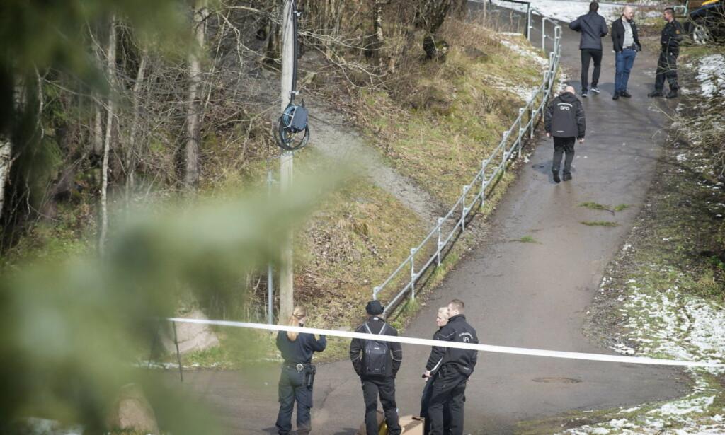 DRAP: Likfunnet ble avdekket etter at et vitne så mennene frakte en koffert mot skogen bak Ammerud skole. Foto: Hans Arne Vedlog / Dagbladet