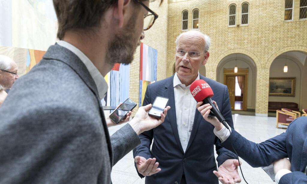 NØDRETT: Høyres utenrikspolitiske talsmann Michael Tetzschner mener angrepene mot mål i Syria var i tråd med folkeretten. Foto: Gorm Kallestad / NTB scanpix