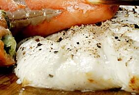 HVIT FISK: Vill, hvit fisk er den matvaren som naturlig inneholder mest jod. Her kveitefilet.   Foto: Mette Møller