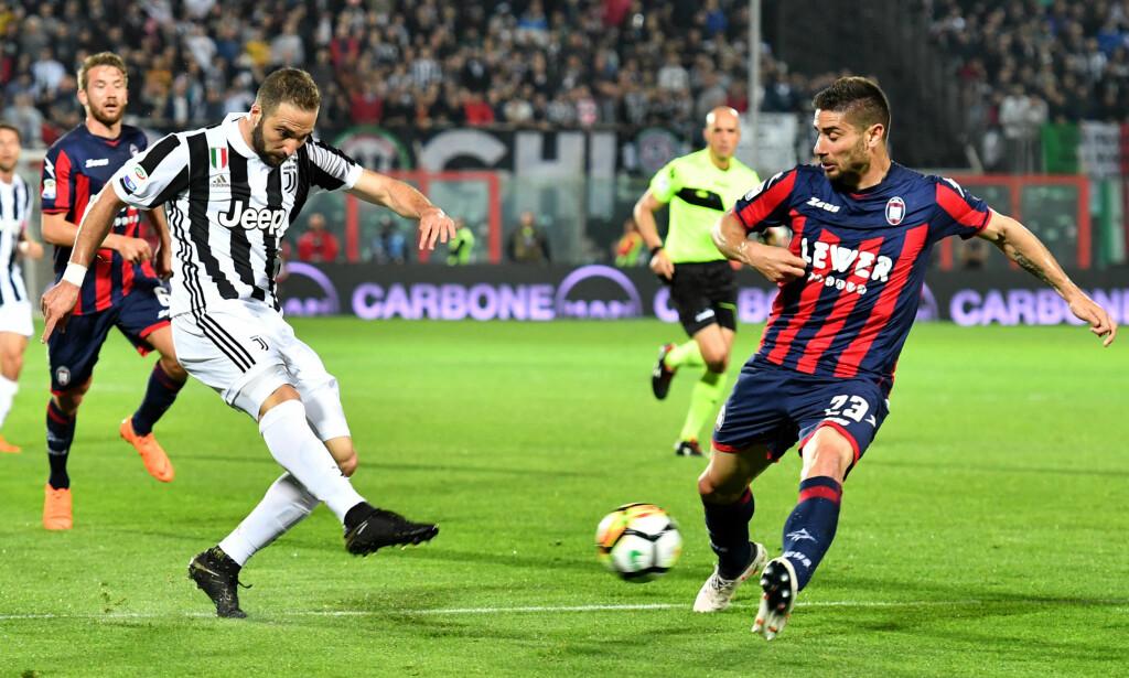 AVGA POENG: Gonzalo Higuain og Juventus. Foto: NTB Scanpix