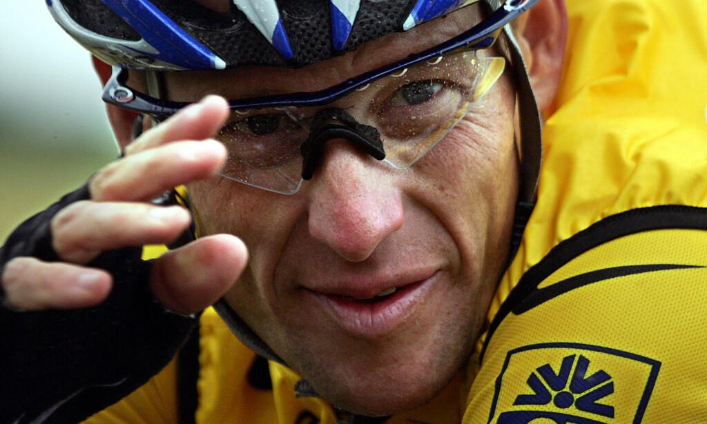 UNNGÅR RETTSSAK: Lance Armstrong må betale fem millioner dollar etter at han inngikk et forlik. Foto: Joël Saget / AFP PHOTO / NTB Scanpix