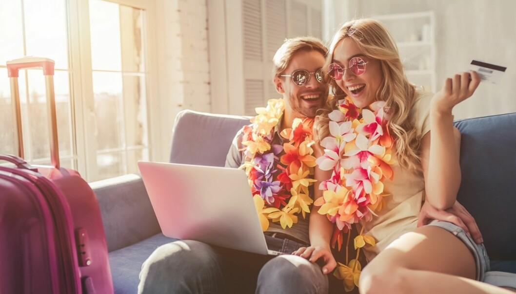 PLANLEGG: Sørg for at du har papirer i orden og planlagt det du trenger til bryllupet før dere reiser. Foto: Scanpix.