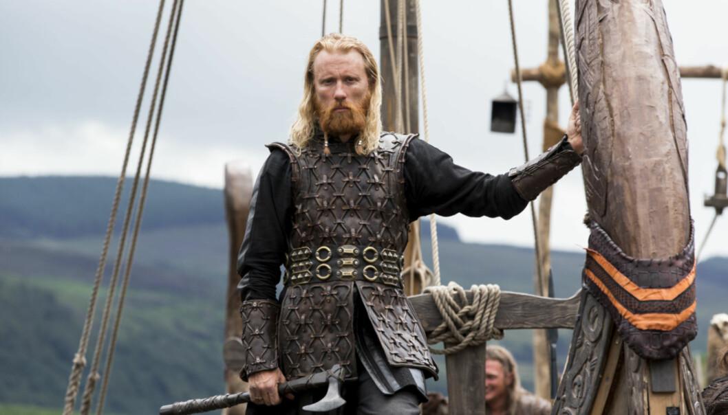 <strong>VIKINGS-STJERNE:</strong> Thorbjørn Harr har også gjort suksess internasjonalt med sin rolle som viking-høvdingen Jarl Borg i TV-serien «Vikings». Foto: TV 2