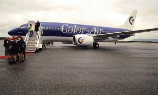 UNNTAK: Color Air som satset i Norge for 20 år siden, gikk for fargerike fly.