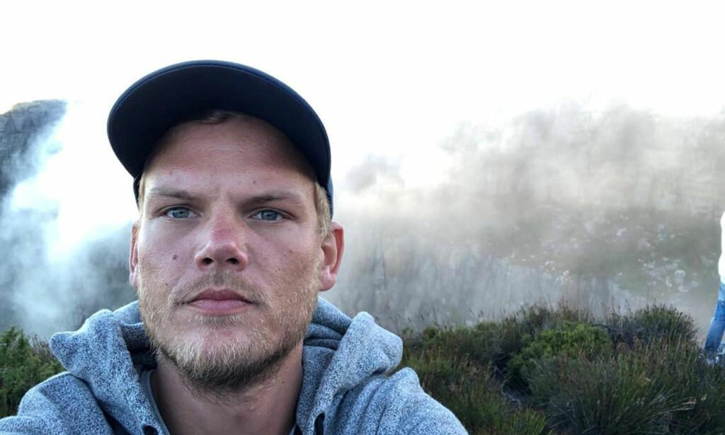 VANSKELIG: Ifølge Tommy Körberg, som var sammen med Aviciis mor og har en sønn med henne, hadde unge Tim Bergling det vanskelig mot slutten. Foto: Instagram/Avicii via Reuters/ NTB Scanpi