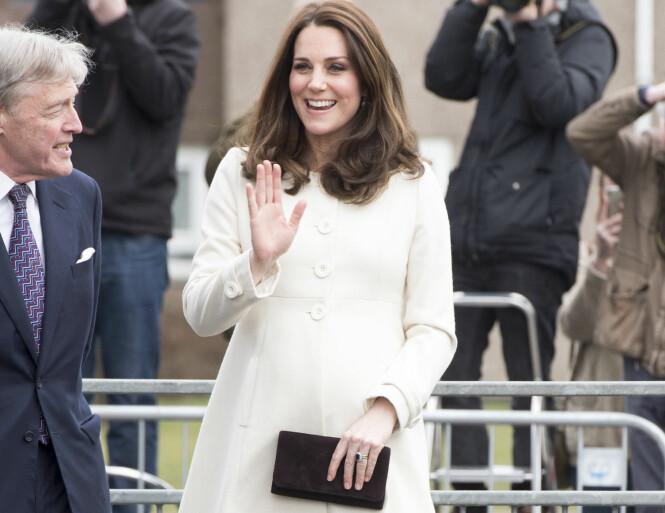 <strong>TOPPFORM:</strong> Hertuginne Kate viser få tegn til at graviditeten bremser henne. Foto: NTB Scanpix